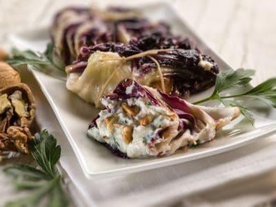 Gevulde roodlof met ricotta, walnoten en peterselie